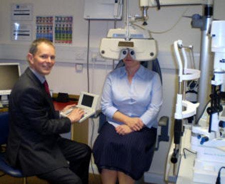 Eye examinations at Robinson Optometrists image